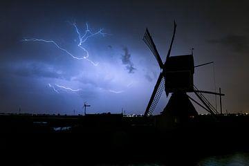 Blitz mit Windmühle von Menno van der Haven