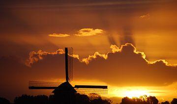 Dutch sunrise. van Patrick Hartog