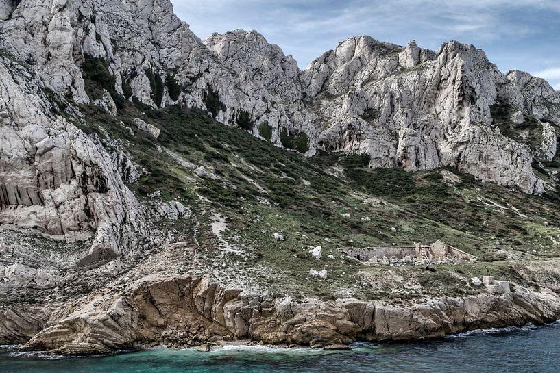 Île Maïre III van Michael Schulz-Dostal