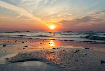 Sonnenuntergang am Sandmotor von Yormen Gerrits