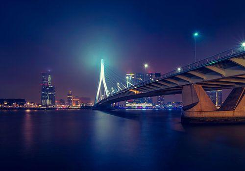 Skyline Rotterdam met de Erasmusbrug