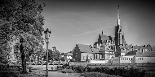 WROCLAW Church of the Holy Cross | panorama monochrome