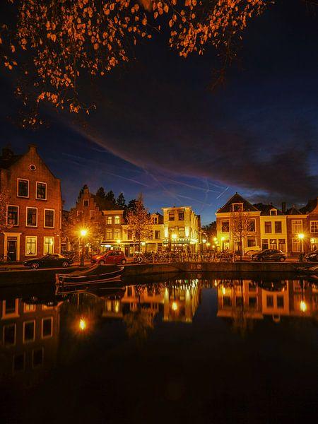 Leiden in de avond! van Dirk van Egmond