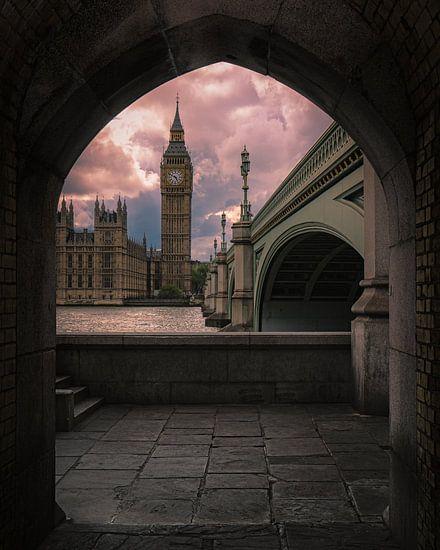 Londen: Uitzicht op Big Ben van Erik Brons