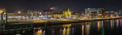 Centraal Station Groningen bij nacht