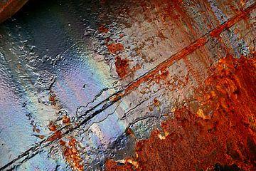 Roestige buis van Alice Berkien-van Mil