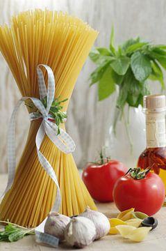 Plat de pâtes italiennes fines sur Tanja Riedel
