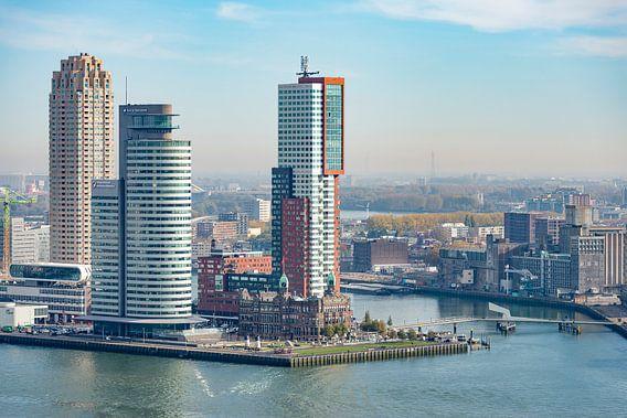Rotterdam, Kop van Zuid met Hotel New York van Rob IJsselstein