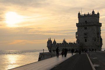 Torre de Belém in Lissabon van Bo Wijnakker