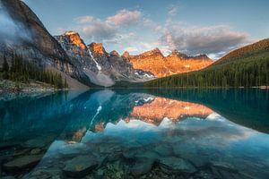 Zonsopkomst Moraine Lake Canada