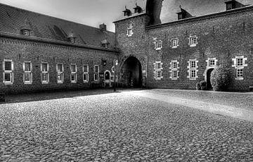 Binnenplaats Kasteel Hoensbroek von MSP Canvas