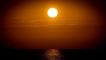 Sonnenuntergang von Hennie Zeij