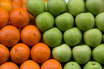 Fresh fruit van Ed Cornelissen