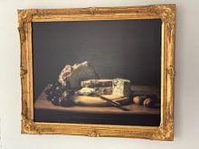 Klantfoto: Stilleven brood, kaas en druiven van Monique van Velzen, op canvas