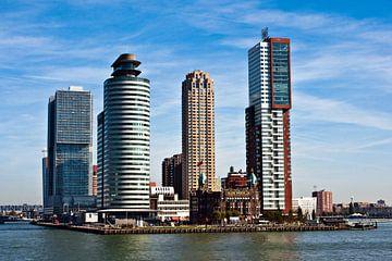 Skyline with New York Hotel at the port of  Rotterdam sur Silva Wischeropp
