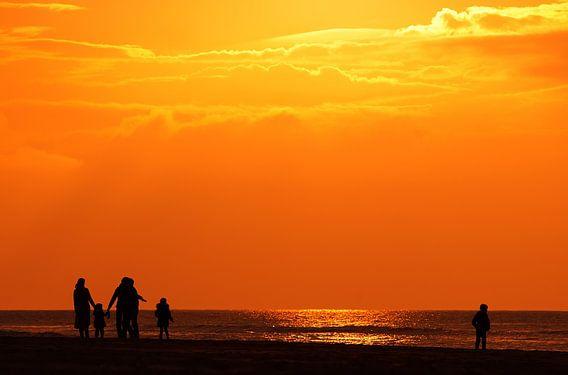 walking the sunset van Dirk van Egmond