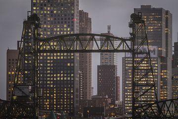 Brücken und Skyline von Peter Hooijmeijer