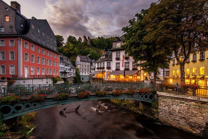 Avond in Monschau van Bert Beckers