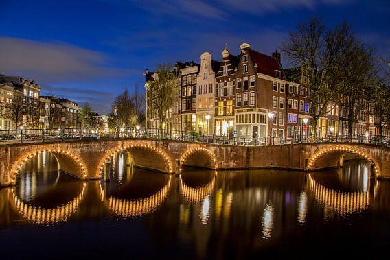 Amsterdamse grachten van Thea Sijtsma