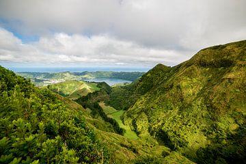 Uitzicht van Boca do Inferno, São Miguel, Azores, Portugal 6 van Ellis Peeters