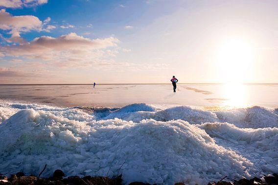 Skating on a Lake with ice hills van Brian Morgan