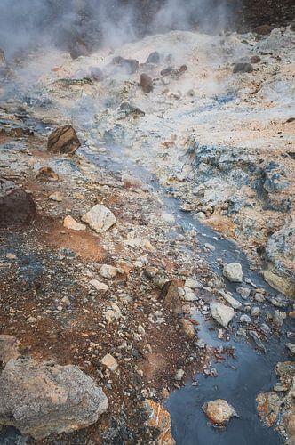 Stenen en rotsen bij een vulkaan | IJsland