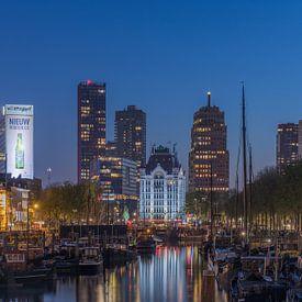 Die Haringvliet in Rotterdam während der blauen Stunde von MS Fotografie | Marc van der Stelt