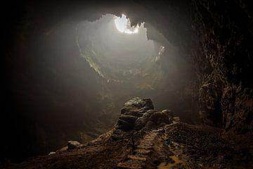 Lost cave van Claudio Duarte