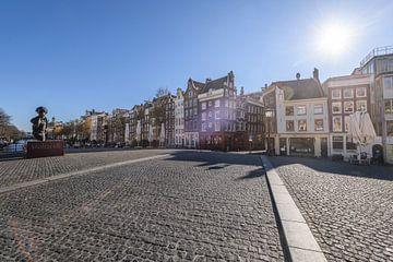 Torensluisbrug aan de Singel in Amsterdam tijdens een zonnige ochtend van Sjoerd van der Wal