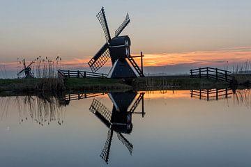 Een molen tijdens de zonsondergang in Friesland van AnyTiff (Tiffany Peters)