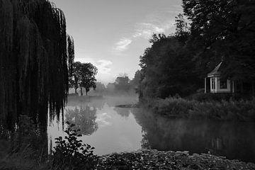 Sonnenaufgang am Kanal in Bredevoort von Elbert Brethouwer