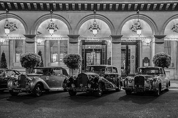 rolls royce wagens bij hotel de ritz in parijs van Eric van Nieuwland