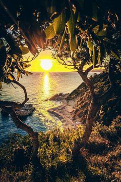 Xigia Sulfur Beach - Een strand op Zakyntos bij zonsopgang van Fotos by Jan Wehnert