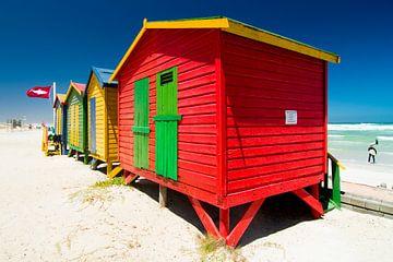 Gekleurde strandcabines bij Valsbaai.
