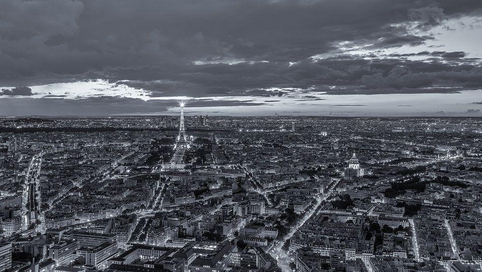 Paris - Tour Montparnasse (B&W)
