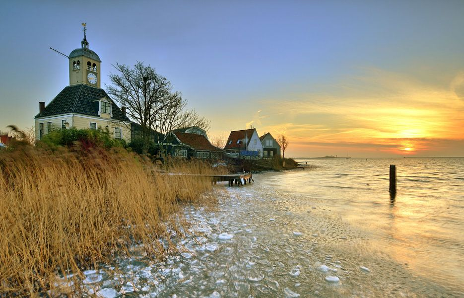 Kerkje van Durgerdam bijn zonsopkomst