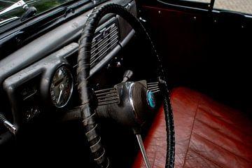 Vauxhall oldtimer à l'intérieur sur JM de Jong-Jansen
