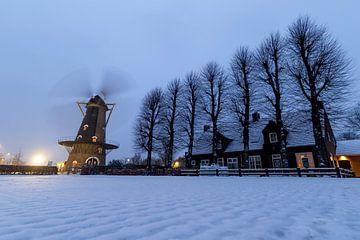 Mühle im Schnee von Jimmy van Drunen