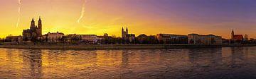 Magdeburg Skyline Panorama Zonsondergang van Frank Herrmann
