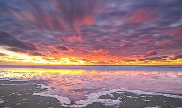 Sonnenuntergang auf Texel. von Justin Sinner Pictures ( Fotograaf op Texel)