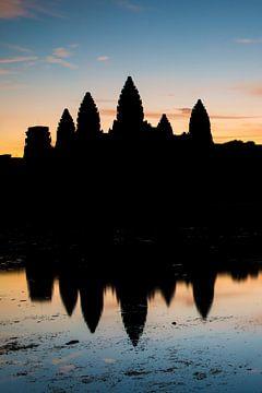 ANGKOR WAT, CAMBODIA, DECEMBER 5 2015 - Ruines van een tempel in Angkor Wat te Cambodja. One2expose  van Wout Kok