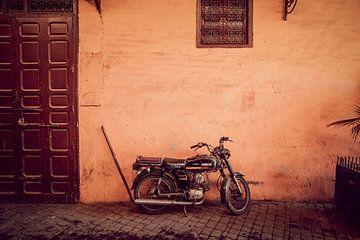 Moped in Marrakesch, Marokko von Rob Berns