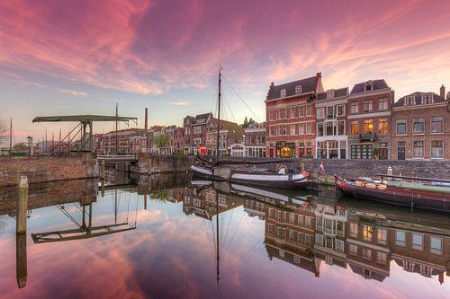 Delfshaven Rotterdam tijdens een prachtige zonsondergang van