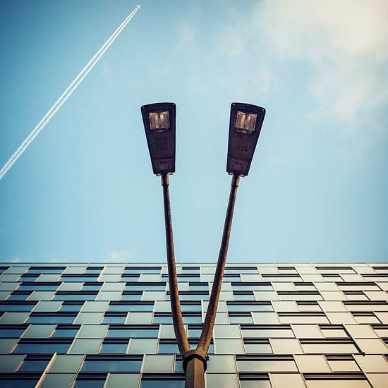 Abstract Architecture: Mercedes-Benz Bank Berlin