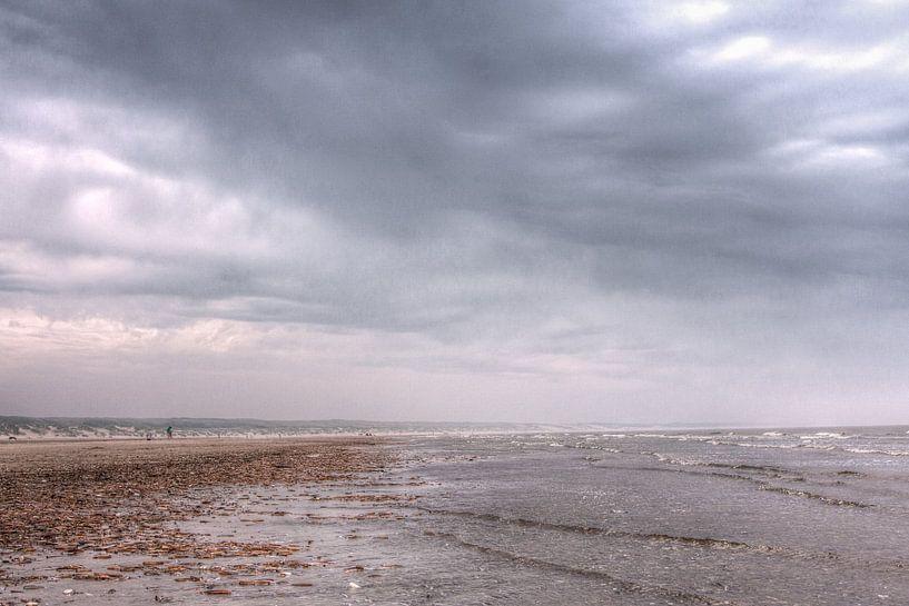 The Beach II van Ruben Emanuel