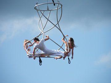 acrobatiek op hoogte van Joke te Grotenhuis