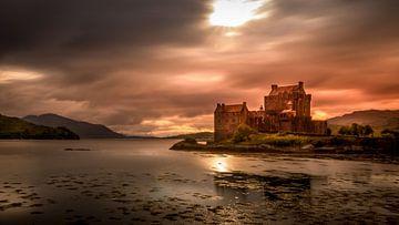 Eilean Donan Castle (Schotland) sur Dennis Wardenburg