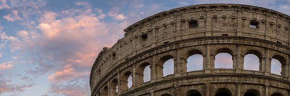 Rome, Roma, Colosseum bij zonsondergang  van Teun Ruijters