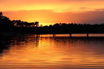 Sonnenuntergang Henschotermeer von Gerlinde Roebersen