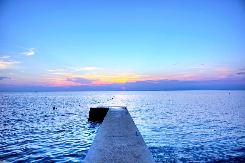 Sonnenuntergang am Strand von Umag von Roith Fotografie
